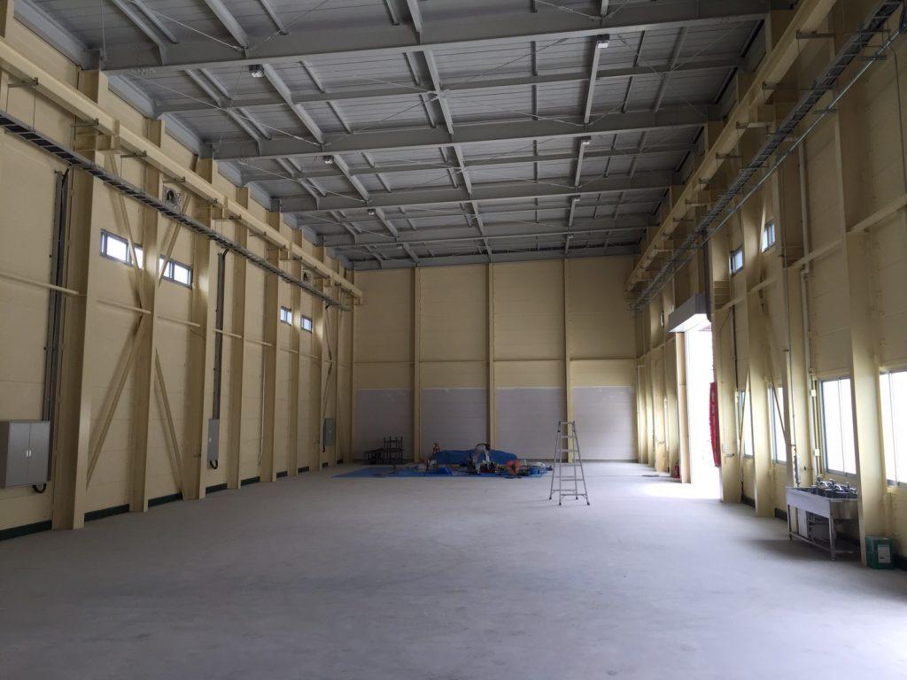 三立工場 塗装2