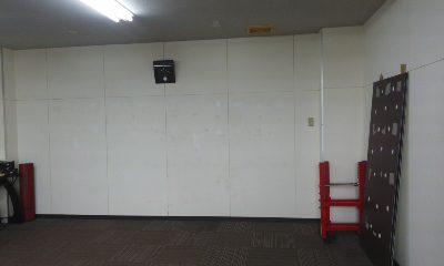 ジム 壁内部塗装1